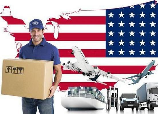 Sử dụng dịch vụ gửi hàng qua bưu điện ra nước ngoài